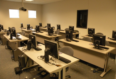 computer-lab-002